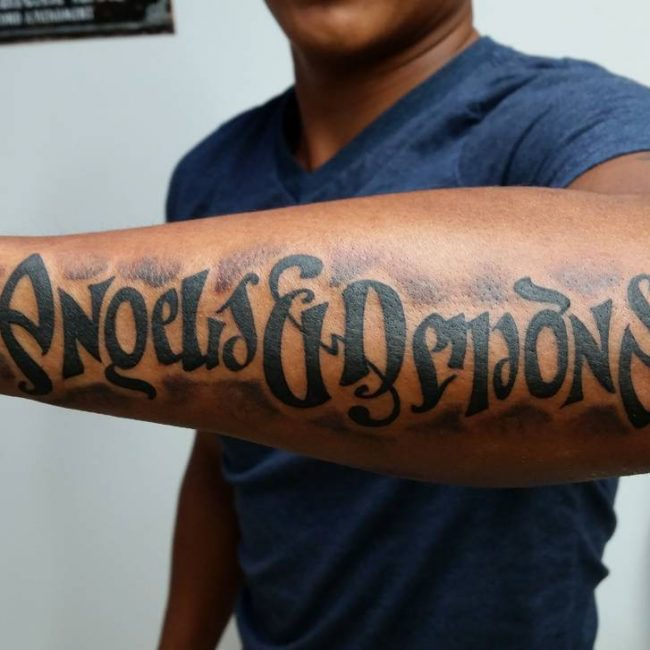 hands ambigram tatoos 3